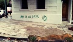 BUENOS AIRES, ARGENTINA: PINTADAS CONTRA EL IIRSA