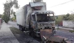 CHILE: REIVINDICACIÓN DE INCENDIO A UN CAMIÓN POR UN DICIEMBRE NEGRO (VIDEO)