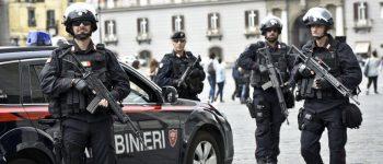 ITALIA: LOS QUE NO MUEREN LO ENCUENTRAN